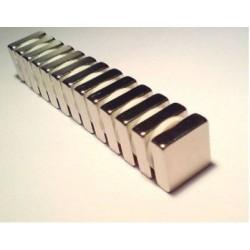 Magnes 7x7x3mm N38 - neodymowy