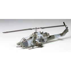 Tamiya 60708 Bell AH-1W Super Cobra